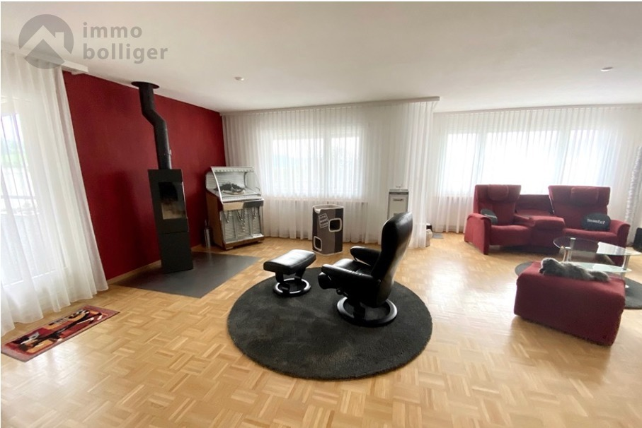 4 Room Apartment For Sale at Fliederstrasse 11 in Zofingen - 3 Photos