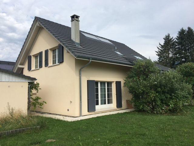 Detached House For Sale in Châtel-Saint-Denis