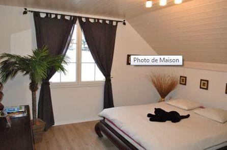 Detached House For Sale in Châtel-Saint-Denis - 9 Photos